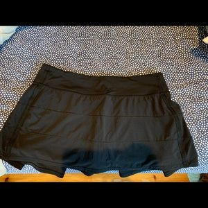 Lululemon skirt with shorts